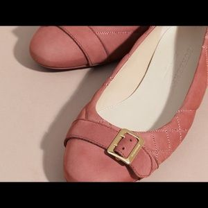 Burberry quilted ballerina with metal buckle